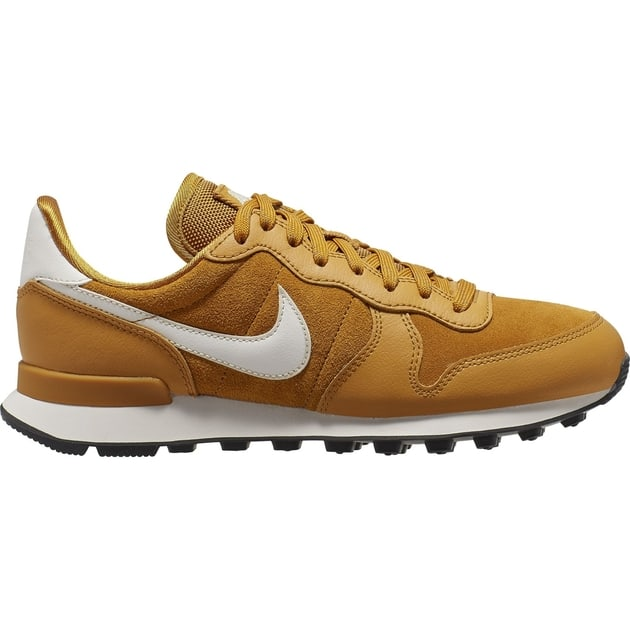 Nike Wmns Internationalist SE Gold