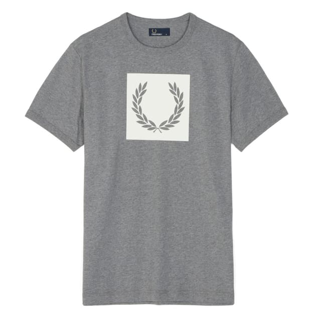 Fred Perry Printed Laurel T-Shirt bei Sport Schuster München