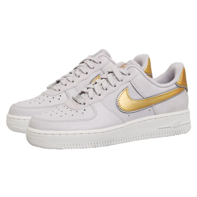 Nike WMNS AIR FORCE 1 '07 MTLC Grau