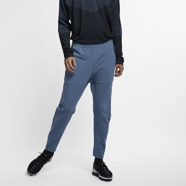 Nike M NSW Tech Pack Pant Knit Dunkelblau