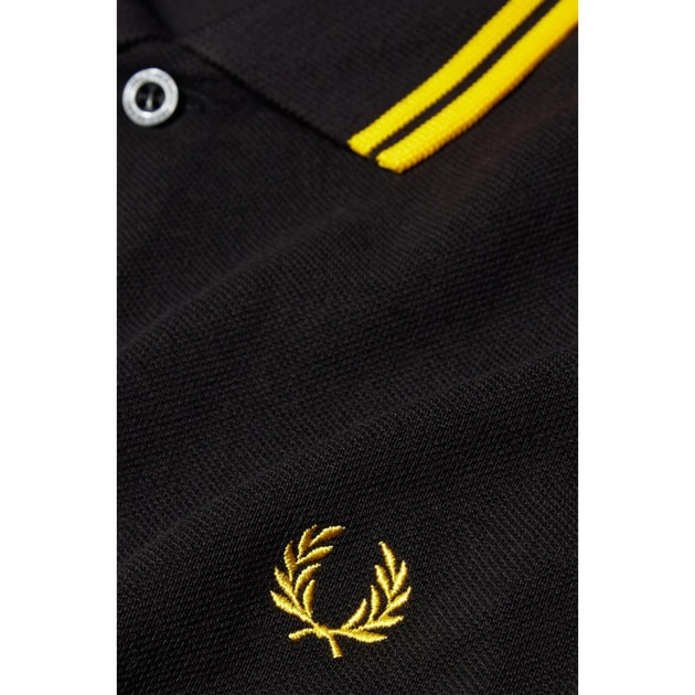 Fred Perry Slim Fit Twin Tipped Shirt bei Sport Münzinger München